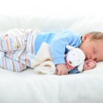 Erholsamer Schlaf im Babybett